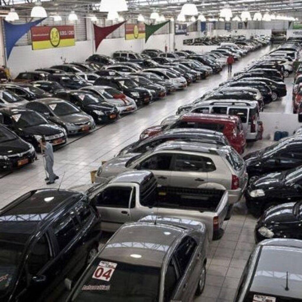 Leilão de carros apreendidos pelo banco Bradesco