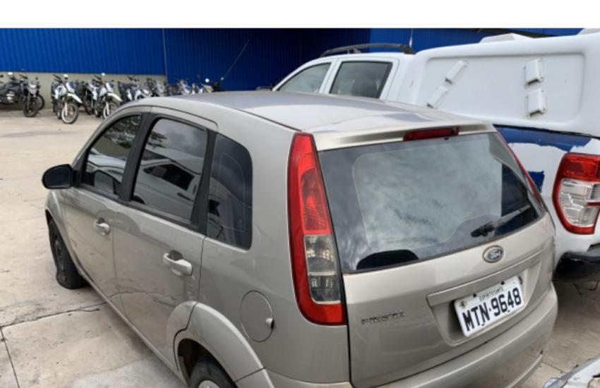 Leilão online tem Ford Fiesta 1.6 Flex e veículos a partir de R$ 900